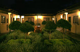 Umdlalo Lodge - Courtyard
