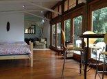 Westmoreland Lodge - Executive Apartment Entrance