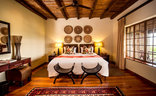 Gwahumbe Game & Spa - Serengeti Room