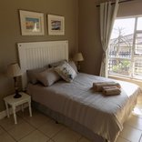 Silver Tides Seaside Accommodation - Garden View Unit 3