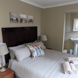 Silver Tides Seaside Accommodation - Driftwood Cottage