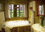 Vindoux Guest Farm - Tree House Bathroom