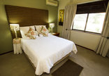 Eden Rose Manor - King Room (Double en-suite)