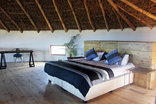 Swell Eco Lodge - Honeymoon Loft Bedroom