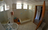 Fairhaven Guest Accommodation - Garden Cottage Walk-in shower