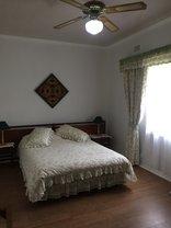 Oppi Plaas Abek - Main bedroom Budget Chalet