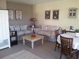 LilyRose Bed & Breakfast - Luxury suite sitting room