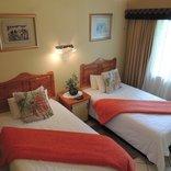 Rita's Guesthouse CC - twin room