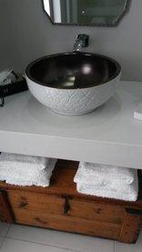 Earthbound B&B - King/Twin Room En-suite Bathroom (R4)