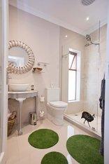 Earthbound B&B - Luxury King/Twin Room En-suite Bathroom (R5)