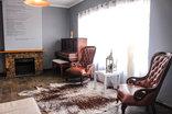Kates Nest Guesthouse - Reception area