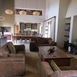 Mangwa African Safari - Lounge area