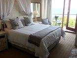18 on Kloof Bed & Breakfast - Elephant Room
