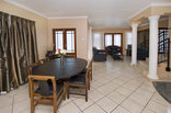 Dolphin Dance Lodge - Cape Cod- 3/4 bedroom self catering units