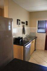 Galliene's Close - Kitchen photo 2