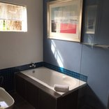 House On Morninghill  - New Room Bathroom