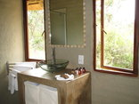 Ama Amanzi Bush Lodge - Leopard Lodge- Bathroom