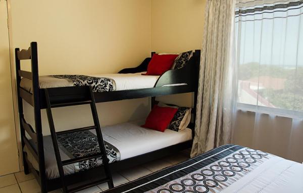 Seven Seas SA - Family Bedroom