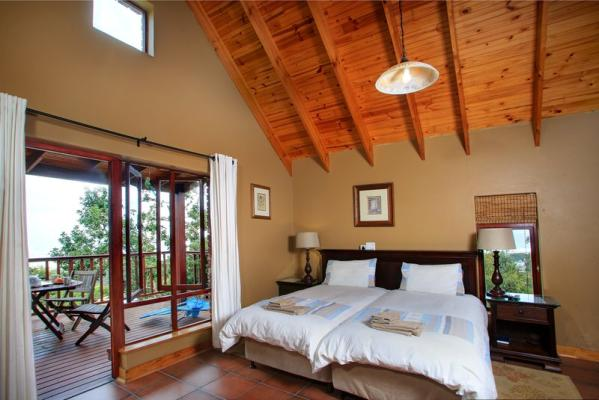 2nd Bedroom with wooden deck