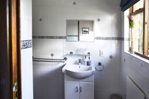 Hottentots Mountain View Guest House