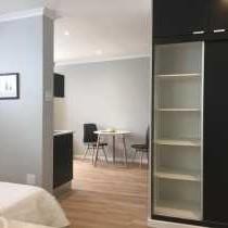 Central Claremont Garden Apartment