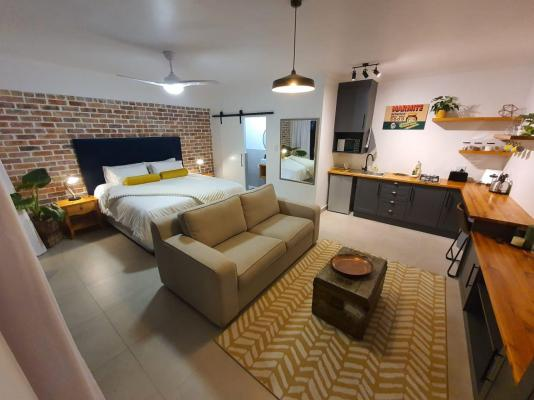 The Blue Door Self-Catering and BnB - 156148