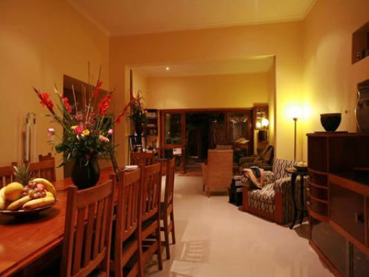 Rosedene Lodge