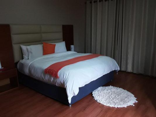 Emangweni Guest House - 158953