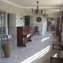 Humansdorp Boutique Hotel