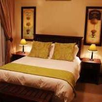 Green Deluxe Suite