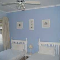 Sommersby - Twin Room Blue