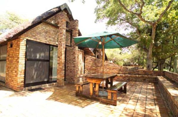 Rhino Guesthouse Exterior