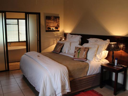 Bushwillow Luxury Suite