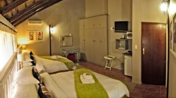 Room 4: Family Room - 2 x Double Beds