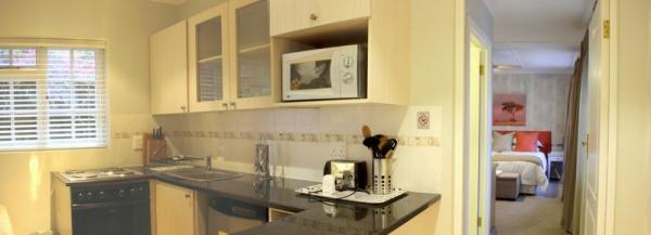 self-catering kitchen and lounge between room 7 & 8