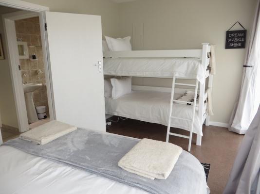 6 Gonubie Sands Second bedroom