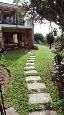 Path to Garden Apartment